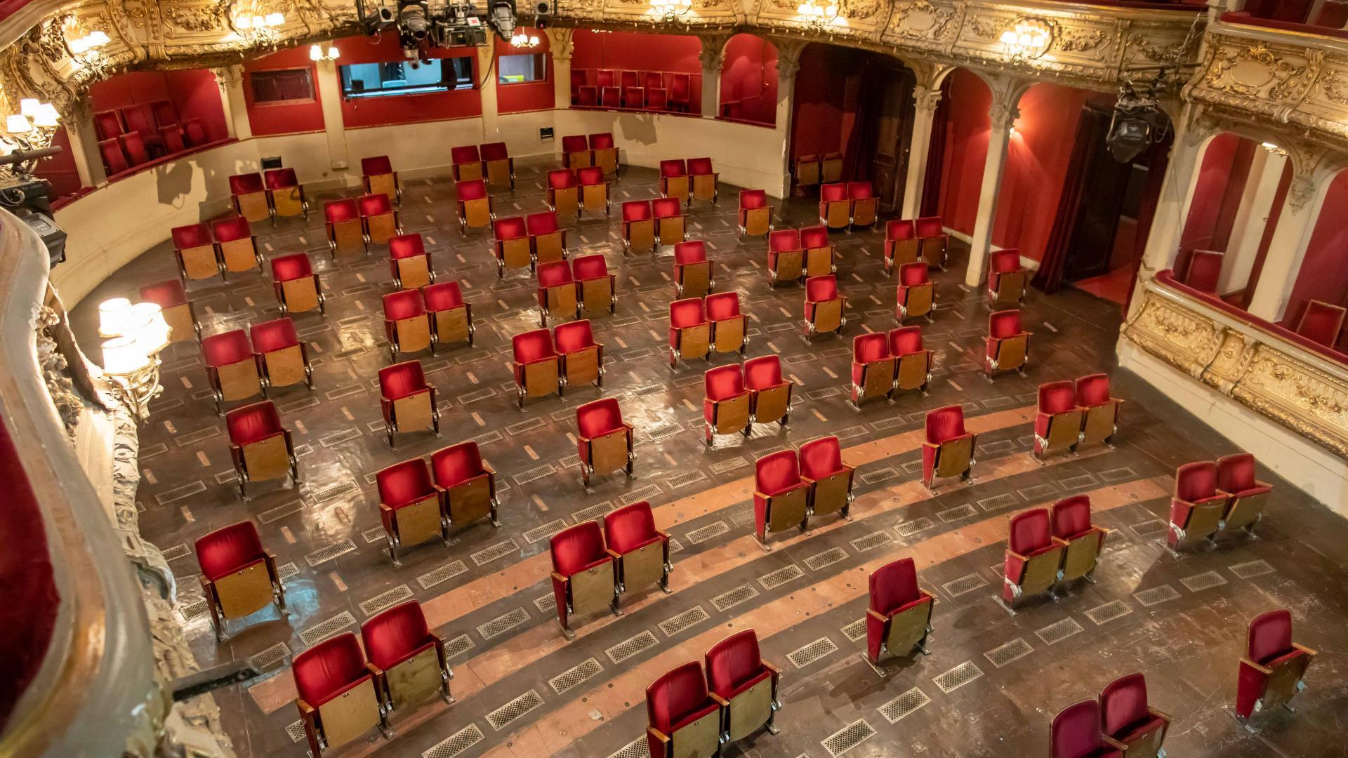 Το Ζωντανό θέατρο και άλλες ιστορίες από τον παλιό καιρό