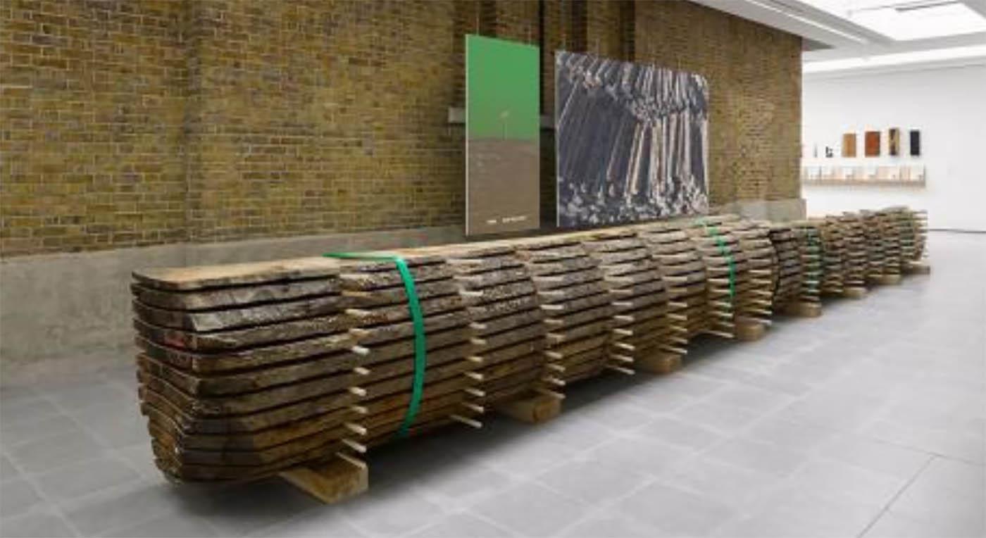 FormaFantasma-η μνήμη του ξύλου στη Serpentine Sackler Gallery του Λονδίνου