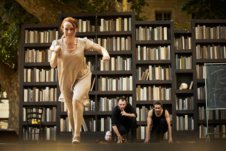 Hamlet  a  l' Imperatif  κατά Olivie Py