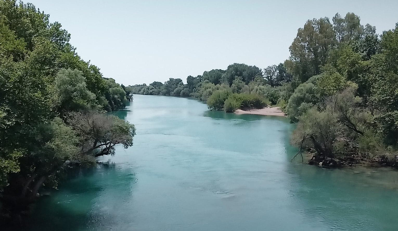 Ο ποτάμιος θεός Αχελώος και η αρχαία πόλη των Οινιαδών