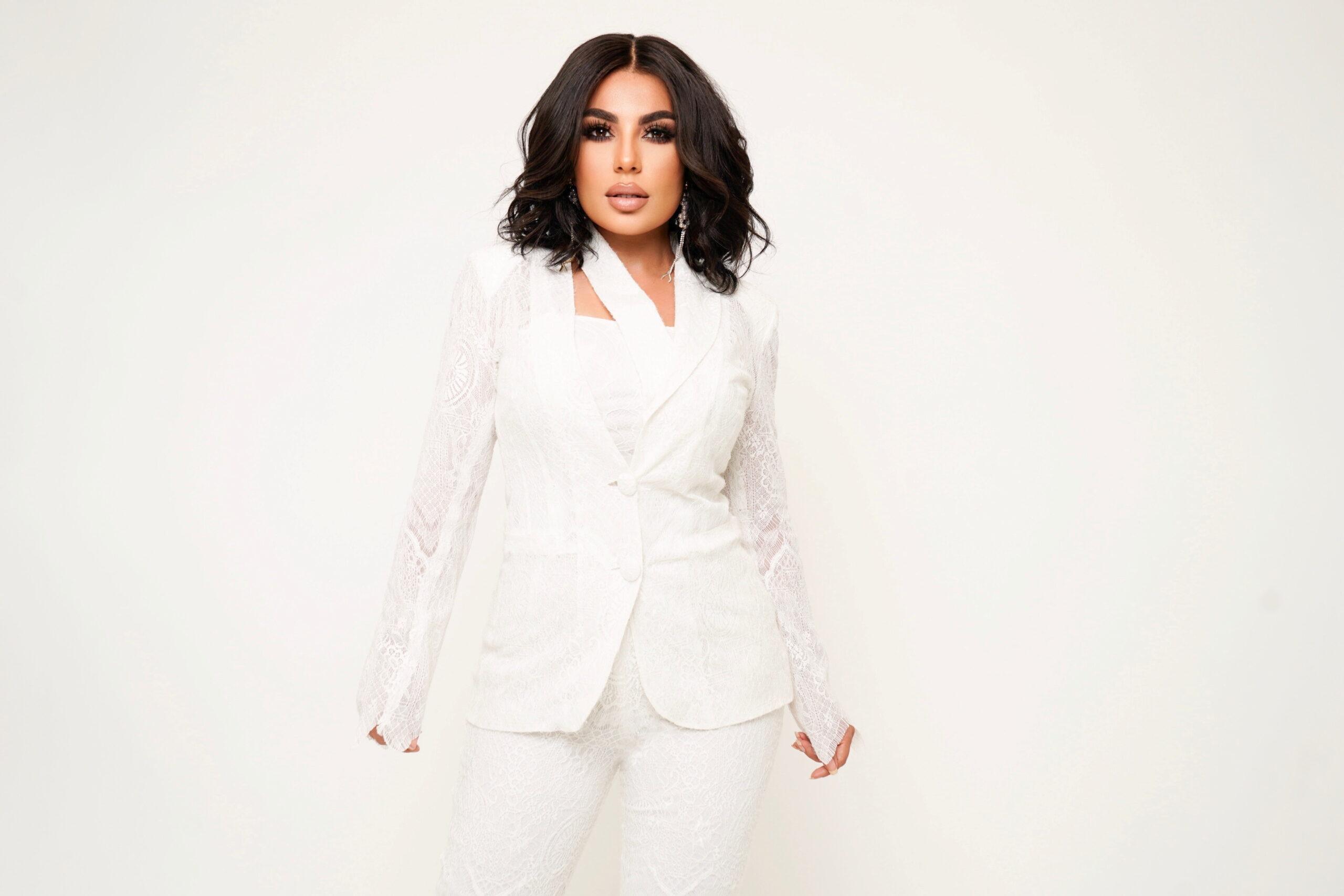 Aryana Sayeed-Tραγουδίστρια & pop star